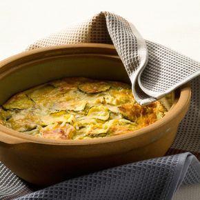 Découvrez la recette Gratin de courgettes au parmesan sur cuisineactuelle.fr.