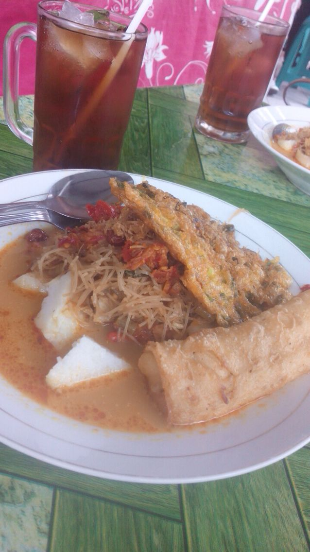 Lontong sayur Medan, one of my favorite