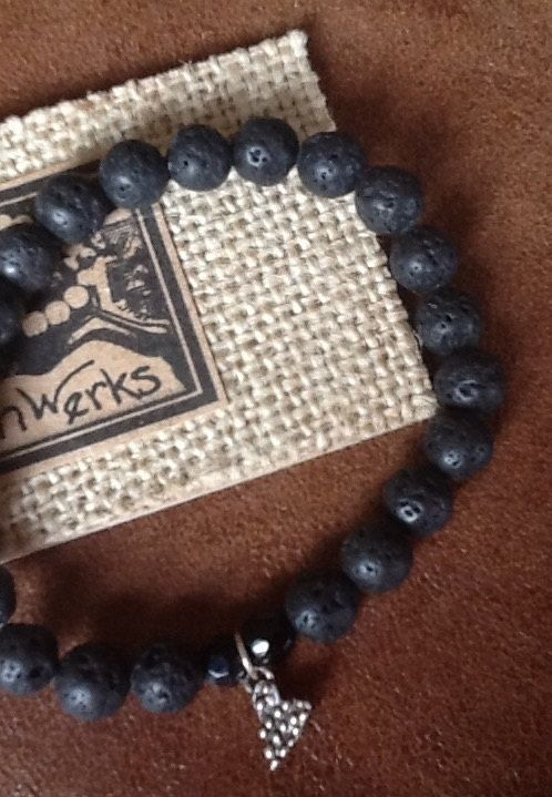 SiLVeR HeaRT LaVa BRaCeLeT/ Women/ Teen/ Black lava by Ivanwerks