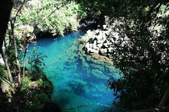Laguna Azul, Caburgua Chile