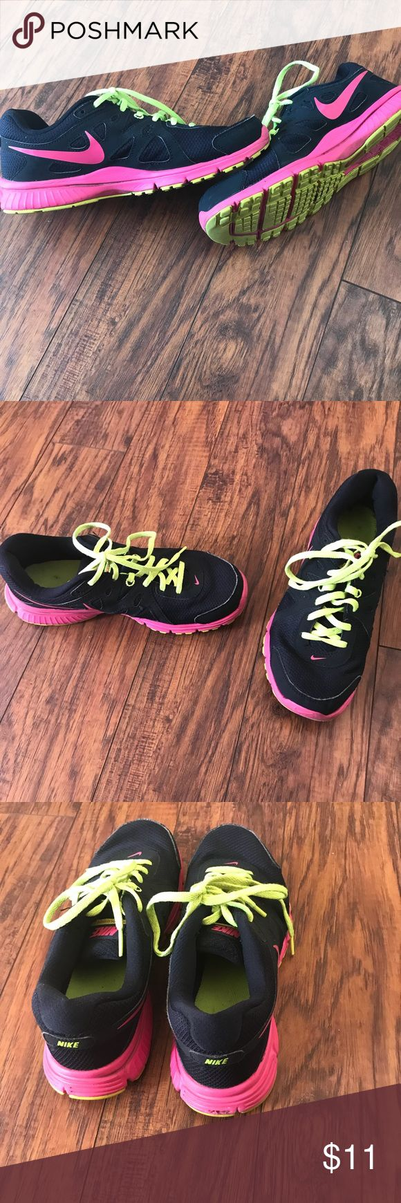 Women's Revolution 2 Nikes! Revolution 2 Nikes. Size 9 1/2. Without box. Nike Shoes Athletic Shoes