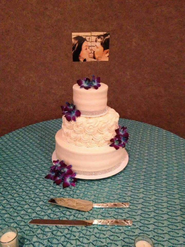 Mitchels Cake And Dessert Company