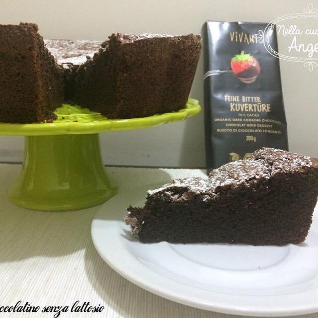 Torta cioccolatino senza lattosio   http://blog.giallozafferano.it/nellacucinadiangela/torta-cioccolatino-senza-lattosio/…