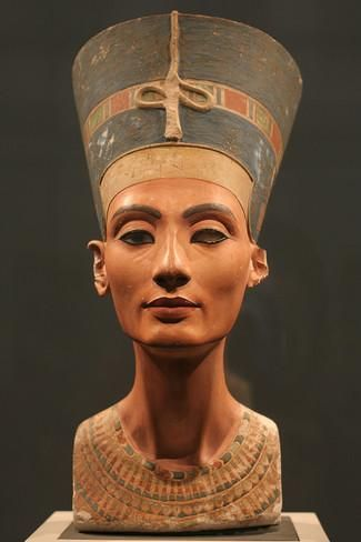 The Nefertiti Bust, Ca 1350 Bc Photographic Print at AllPosters.com