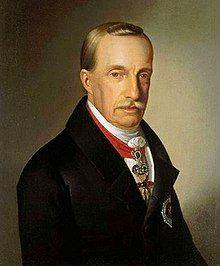 Josef de Habsburg Palatino de Hungria , fue el fundador de la rsma húngara de los Habsburgo .Nació en Florencia, séptimo hijo del emperador Leopoldo ll y Maria Luisa de Borbón Parma y murió en Buda. Estuvo casado tres veces, su tercera esposa fue Dorotea de Wuttemberg, tuvieron cinco hijos.