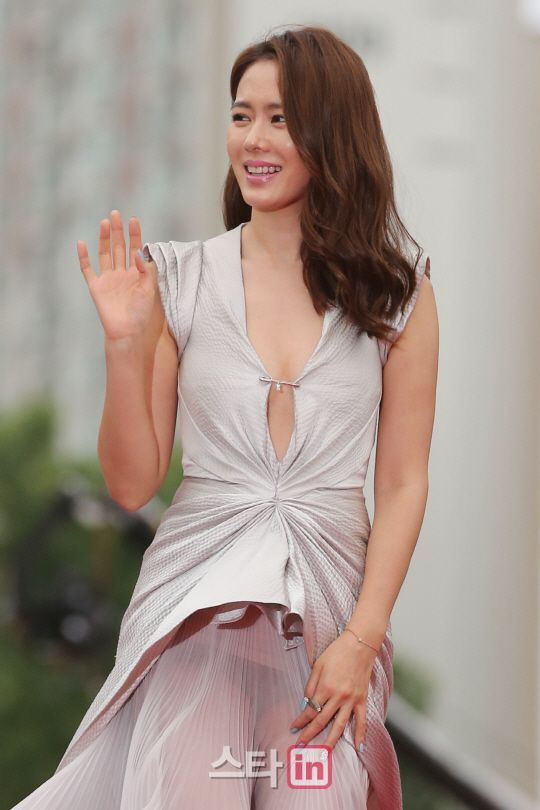 Son Ye Jin 손예진 Pifan 2014 Actress Son Ye Jin Pinterest