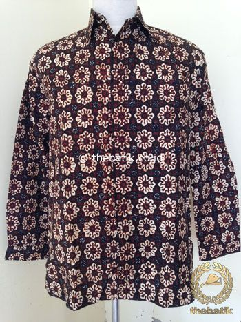 Kemeja Batik Panjang Motif Cempaka Sogan Klasik | #Indonesia Unique  #Batik Tops Shirt #Clothing Men Women http://thebatik.co.id/baju-batik/