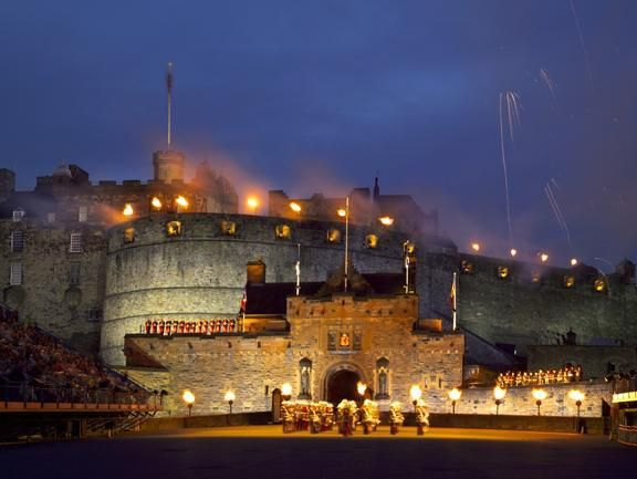 Check out Edinburgh Castle on VisitBritain's LoveWall!