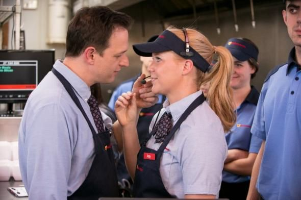 "Josh Charles and Amy Schumer in ""The Food Room."" Inside Amy Schumer's Aaron Sorkin parody starring Josh Charles"
