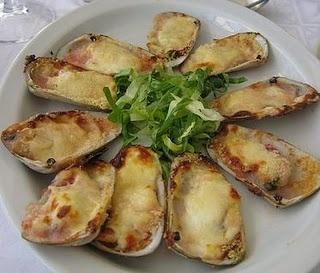 Platos típicos Chilenos: Machas a la parmesana