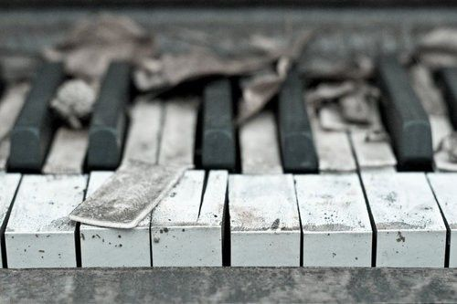 Neglected old piano