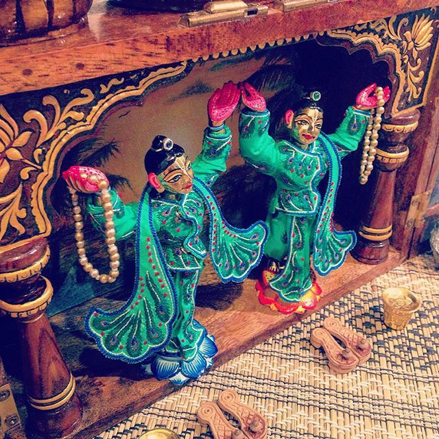 Gaura Nitai #altar #worship #wooden #handmade #craft #detail #painting #peacock #gold #hare #krishna