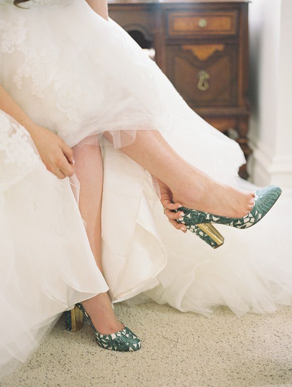Soft grey, blue and sage green inspired real wedding || love these shoes #PerfectPeaktipiWedding