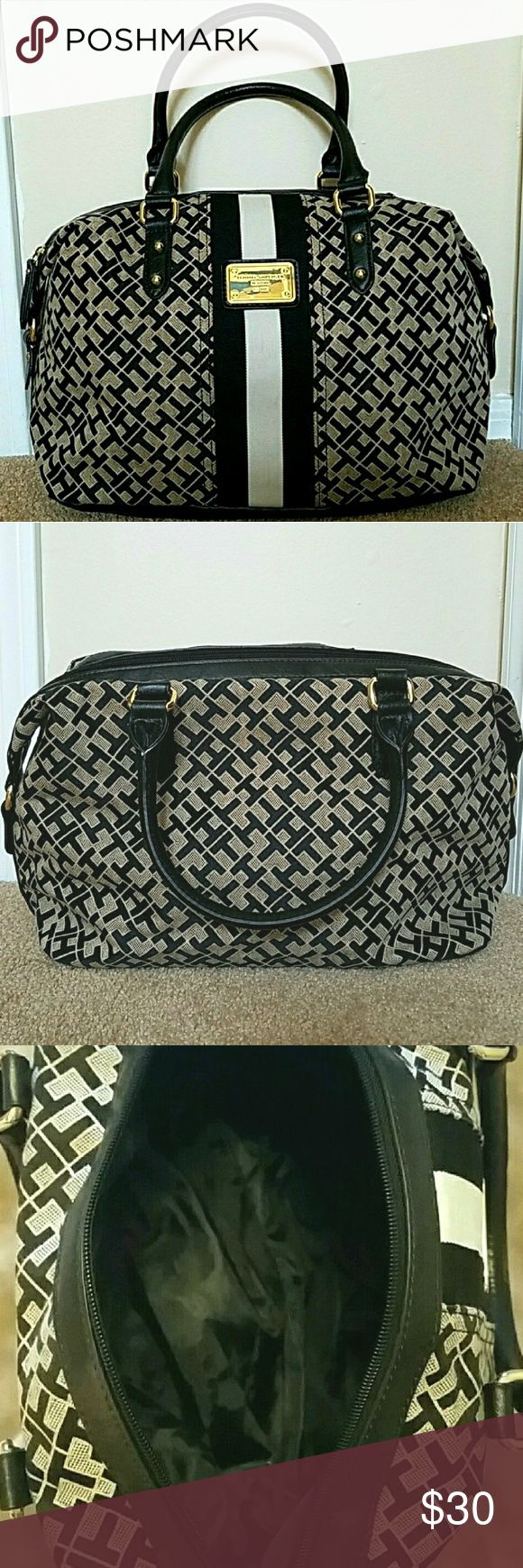 Tommy Hilfiger Handbag Adorable satchel style bag. Neutral colors compliment  any outfit! Excellent condition, used once or twice. Tommy Hilfiger Bags