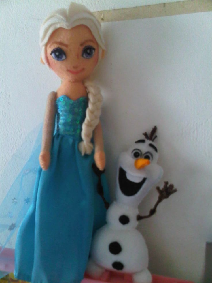 Elsa and Olaf felt doll
