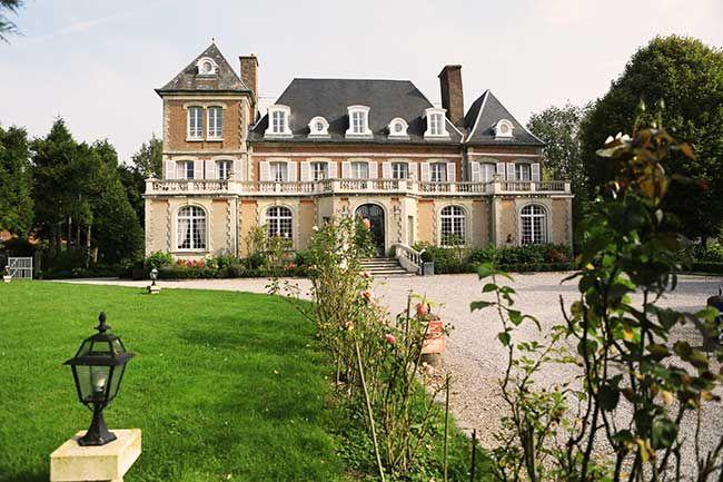 Chateau de Noyelles http://www.historichotelsofeurope.com/en/Hotels/chateau-de-noyelles6847.aspx