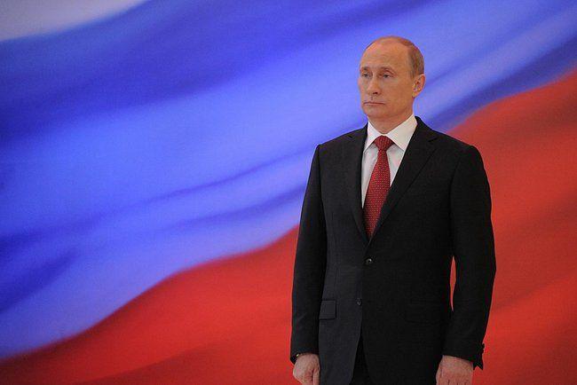 Selon Vladimir Poutine, l'intelligence artificielle permettrait de dominer le monde - http://www.frandroid.com/culture-tech/457071_selon-vladimir-poutine-lintelligence-artificielle-permettrait-de-dominer-le-monde  #Culturetech