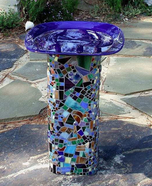 brilliant blue mosaic bird bath > love this bright spot for the garden!