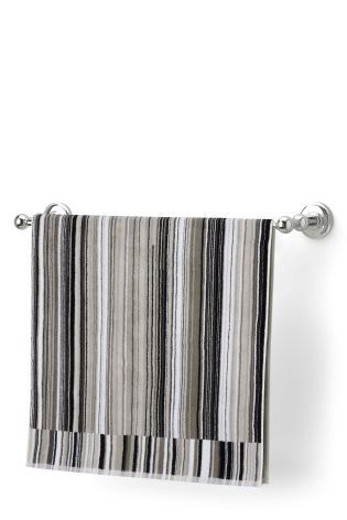 Mono Skinny Striped Towel
