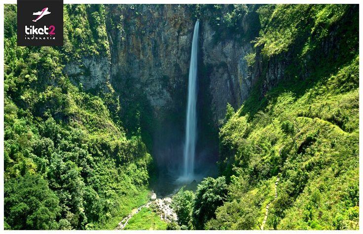 Sipiso piso waterfall Sumatra Utara