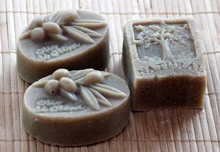 Benke Erika - természetes szappanok és kozmetikumok: Olíva-babér szappan