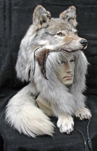 OH LOOK A WOF SWALLOWED A WHOLE MANS HEAD AND KILLED HIM DEAD! wolf head hat
