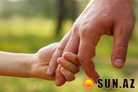 Atanın uşağın həyatında rolu. | www.Sun.az