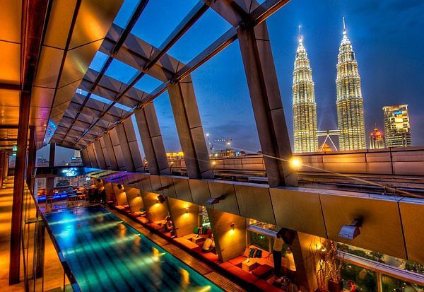 Sky bar in Traders Hotel - Kuala Lampur
