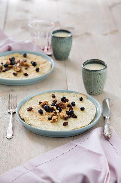 Eier-banaanpannenkoekjes met quinoa. Foto uit Lekker Weten Winter 2014. Zelf maken? Zie: http://www.ekoplaza.nl/recepten/eier-banaanpannenkoekjes-met-quinoa.html