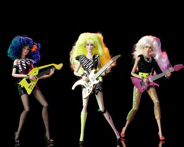 Jem and the Holograms The Misfits Mary Sotrmer Phillips, Phyllis Pizzazz Gabor, and Roxanne Roxy Pelligrini Integrity Toys Fashion Royalty Doll set.  The 3rd Wave of Jem dolls, Animejems <3s!  #pizzazz #jemandtheholograms #jemdoll