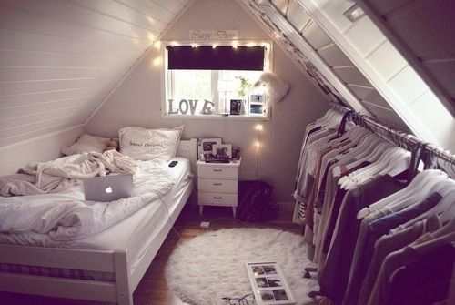 I can imaging living in a small apartment that looked like this! :)