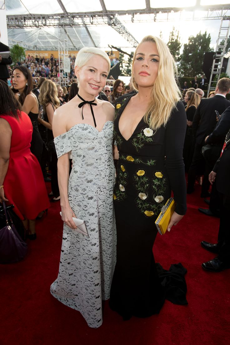 Michelle Williams & Busy Philips at the Golden Globes. #fashion #style #beauty #GoldenGlobes #Celebrity