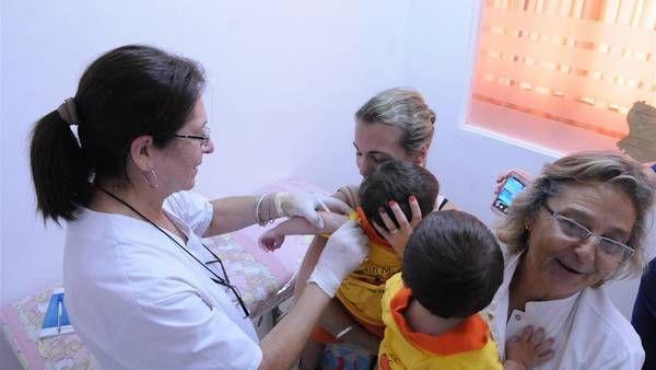 La vacuna antigripal, en marcha. Crédito: Mauricio Nievas