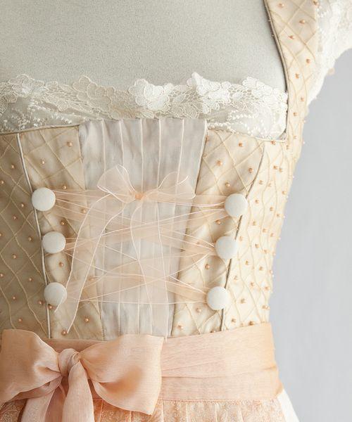 brautkleid (caro lin couture) - a FABULOUS dirndl dress :)