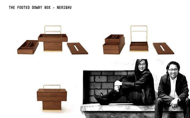 Cabinet of Curiosities. Porro festeggia 90 anni The Footed Dowry Box - Neri&Hu  Una scatola per i gioielli ispirata allo scrigno di dote che nel passato accompagnava una sposa cinese nella nuova casa coniugale. Oltre che la biancheria, gli abiti e gli oggetti per la toilette personale, esso includeva anche due paia di zoccoli in legno. Il nostro disegno riprende la forma tradizionale degli zoccoli per piedi fasciati, e la sovrappone a quella della scatola, come se la scatola li indossasse..