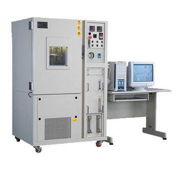 Ozone Tester Chamber adalah instrument yang digunakan untuk pengukuran ozon terus menerus, kontrol, dan pencatatan komputerisasi dalam satu unit yang lengkap
