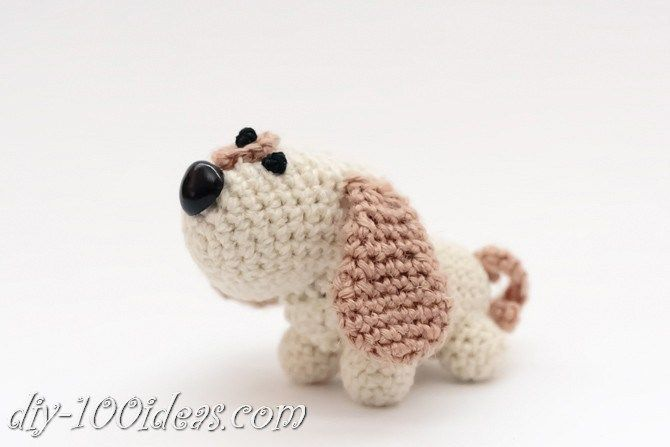If you are Dog Lovers, you must crochet this cute amigurumi puppy.