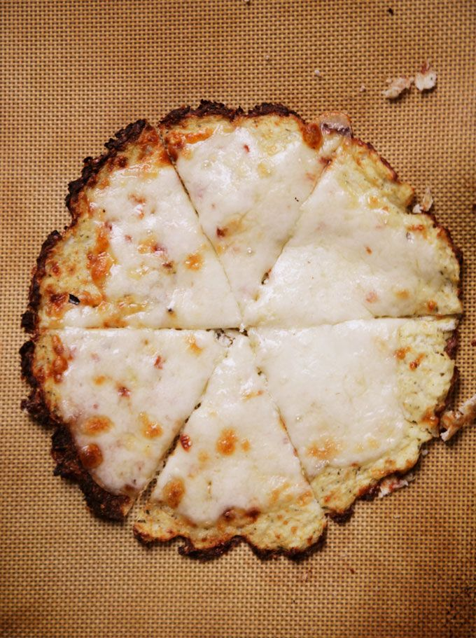 Cheesy Pesto Cauliflower Flat Bread