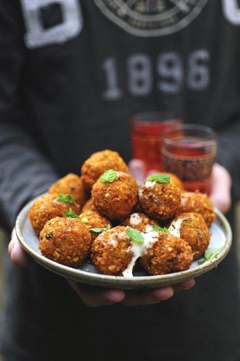 Dorian cuisine.com Mais pourquoi est-ce que je vous raconte ça... : Et si les falafels devenaient les p'tites boulettes de l'année ? Falafels pois…