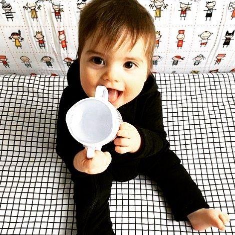 This cutie is rocking our Black Hoody Zip Jumpsuit! Photo @louie_bastien  #houseofjamie #kidsfashion #kids #fashion #clothing #kleding #kinderkleding #oekotexcertified #ecofriendly #designedinamsterdam