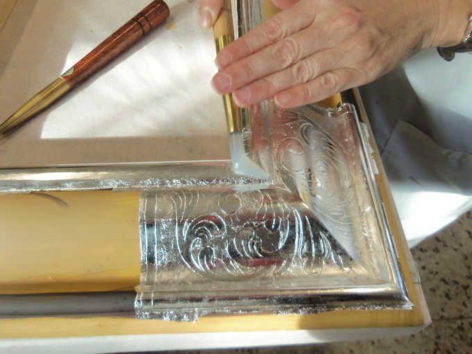 <b>CORSO AVANZATO DORATURA A GUAZZO 80 ORE</b> - brunitura (lucidatura) dell'argento con pietra d'agata