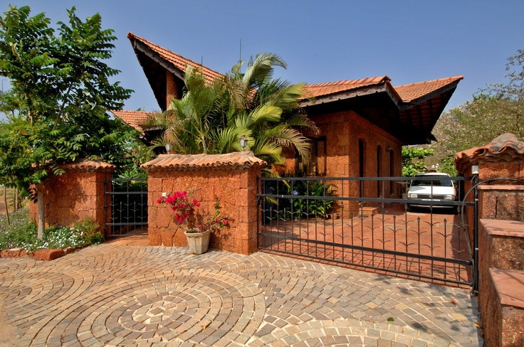 Beck 39 s house by dean d 39 cruz goa india architecture for Architecture design for home in goa