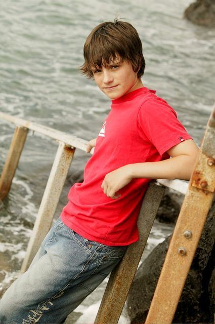 Gallery For Gt Cute Teenage Boy With Brown Hair And Blue