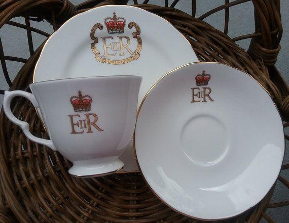 Silver Jubilee Tea Set The Queen's Celebration by jeanienineandme