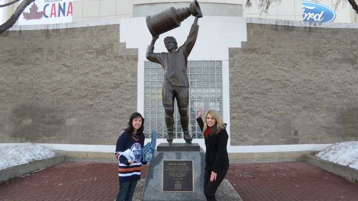 @Adrienne Kathleen giving out @Edmonton Oilers tickets.  Check out our #OilersMondays