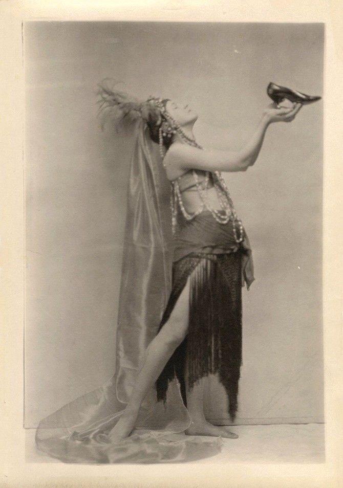 C.1920s Costumed Risqué Harem Girl Jazz Age Charles Sheldon Fox Shoes Photograph #ArtDeco