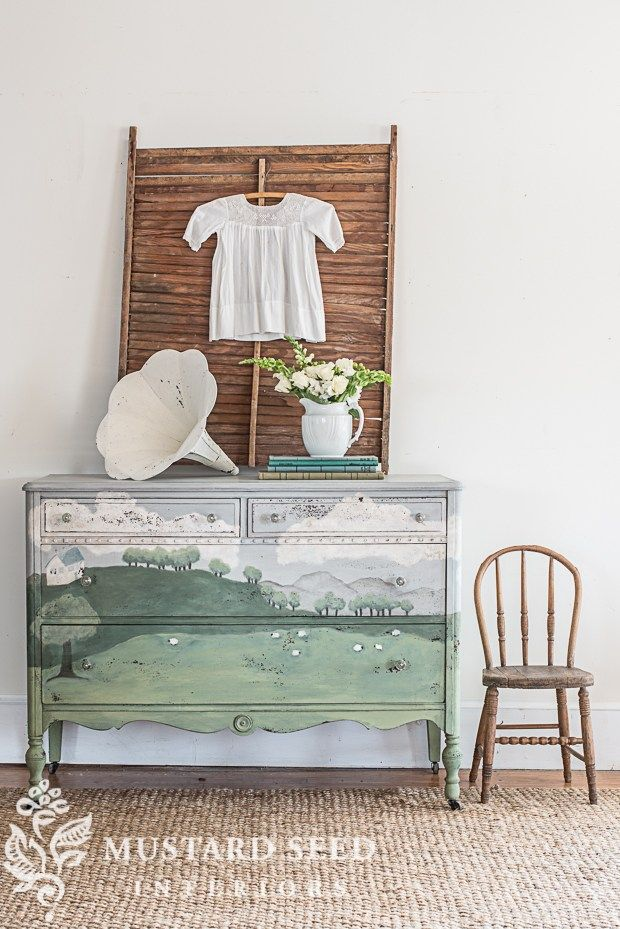 Oh sweet pastoral scene on this chest!