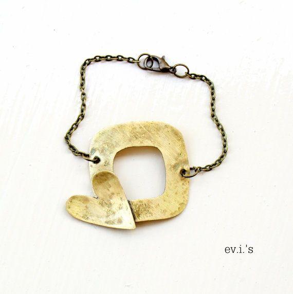 Square Heart Brass Chain Bracelet by EVIsMetalworkJewelry on Etsy, €27.00