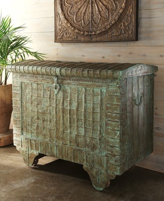 ... Trunks and chests on Pinterest  Trunk redo, Trunks and Steamer trunk