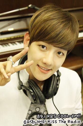 "Significado del nombre: Baekhyun 卞白賢 – 변백현 – Byun Baek-Hyun – ( ""Baek"" significa ""blanco, puro, sin manchas"" ""hyun"" significa ""bueno, poderoso, virtuoso, digno"